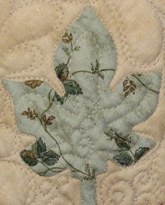 'De Monaco Rose' RJR Smithsonian 'Little Sister's Quilt' shown in 'Pennsylvania Applique' aka 'Poppies' by Deb King, designed by Di Ford.