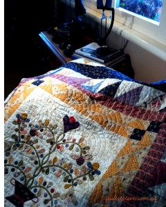 image of Applique quilt