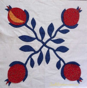 image of Pomegranate applique block